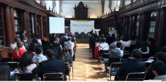 Conferencia Galo Limón Política Emocional Palacio de Mínerías Ciudad de México