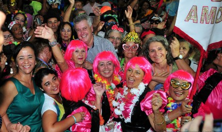 1º Baile de Carnaval dos Idosos reúne cerca de mil pessoas no Guará