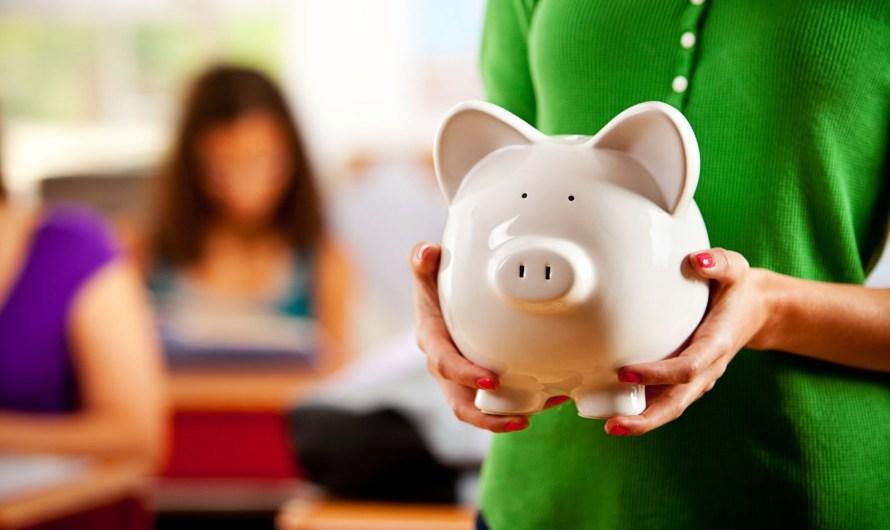 Para combater crise e isolamento escolas oferecem educação financeira para alunos e pais