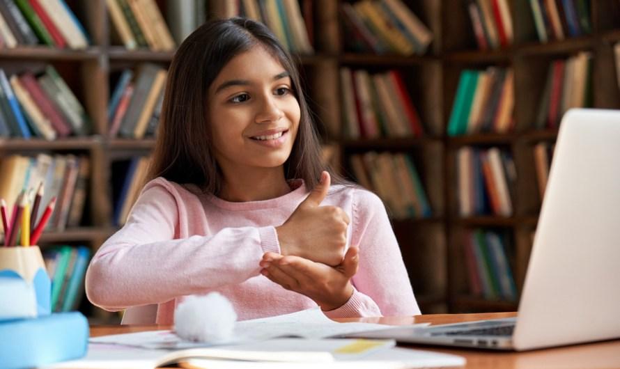 Projeto de lei que garante educação bilíngue para pessoas surdas é sancionado