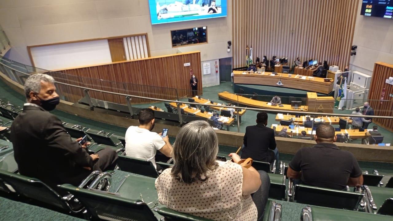 CLDF aprova isenção de taxas de uso público para feiras na pandemia