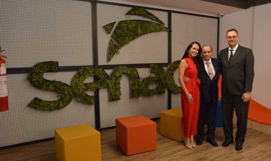 Presidente da CNC, José Roberto Tadros, visita instalações da Faculdade de Tecnologia e Inovação Senac-DF