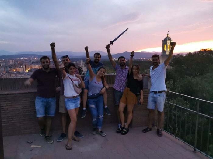 Jugadores después de terminar con éxito el Escape Room en Girona al aire libre de GAM Agency sobre Juego de Tronos