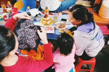 Mittagspause mit der Familie