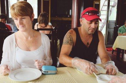 """Gabriel und irgendeine Frau beim """"Kochen"""""""