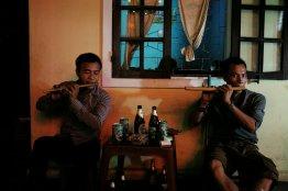 Zwei Männer jamen auf ihren Flöten (ok, das hört sich komisch an ;-)