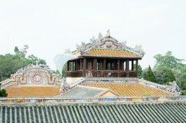 Aufwändig verziertes Dach des Leseraums des Kaisers