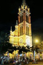 Pinke Kirche