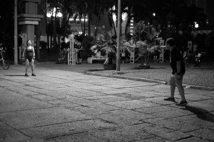 Badminton wird hier überall auf dem Bürgersteig gespielt
