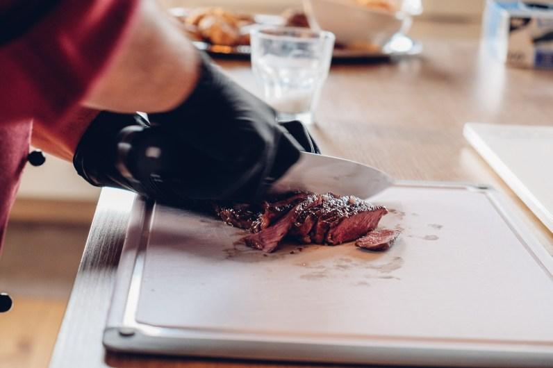 Steak schneiden