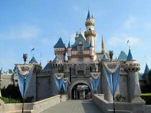 It's 264 miles from Las Vegas to Disneyland