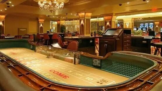 House blackjack odds