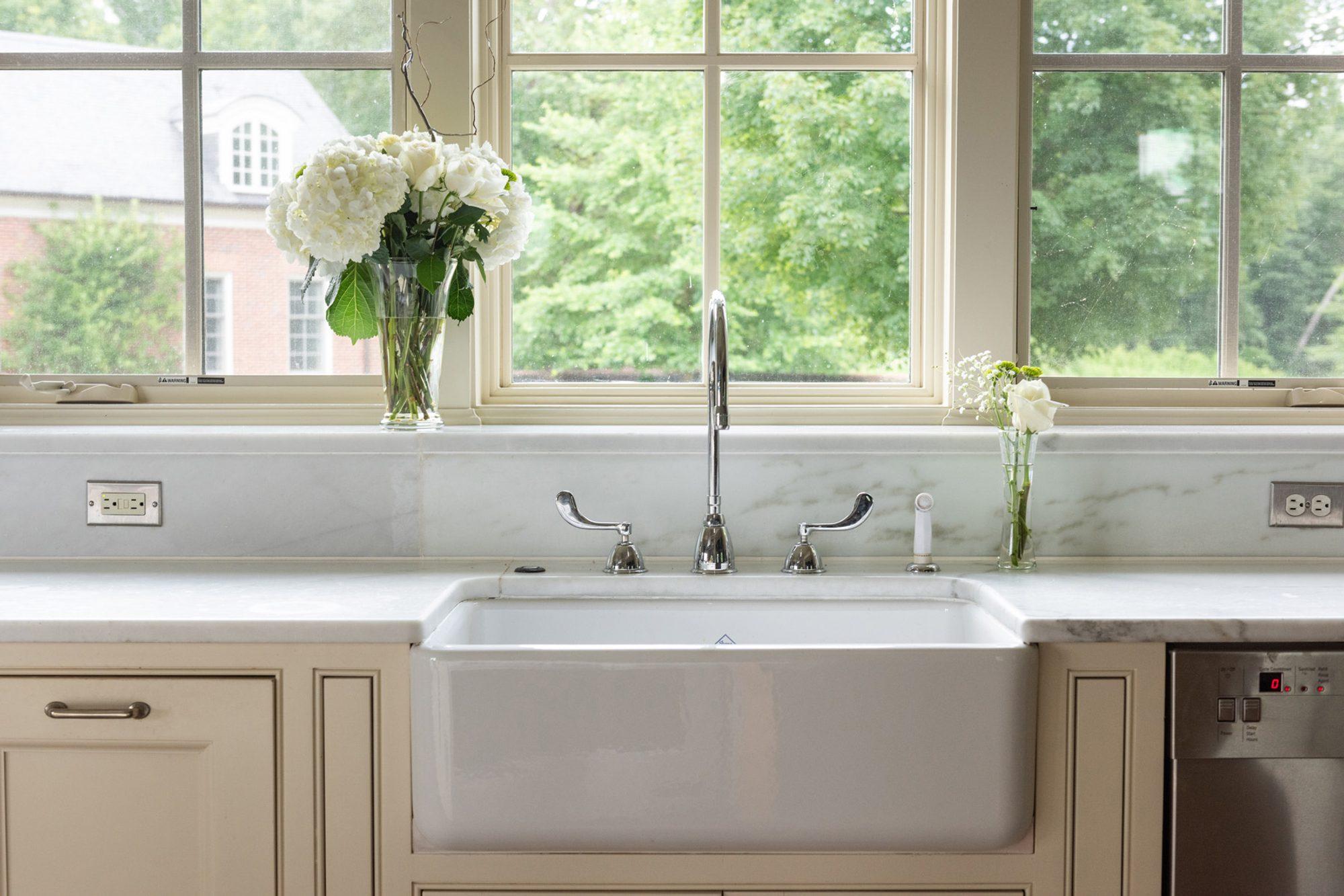 farmhouse kitchen sink ideas designs