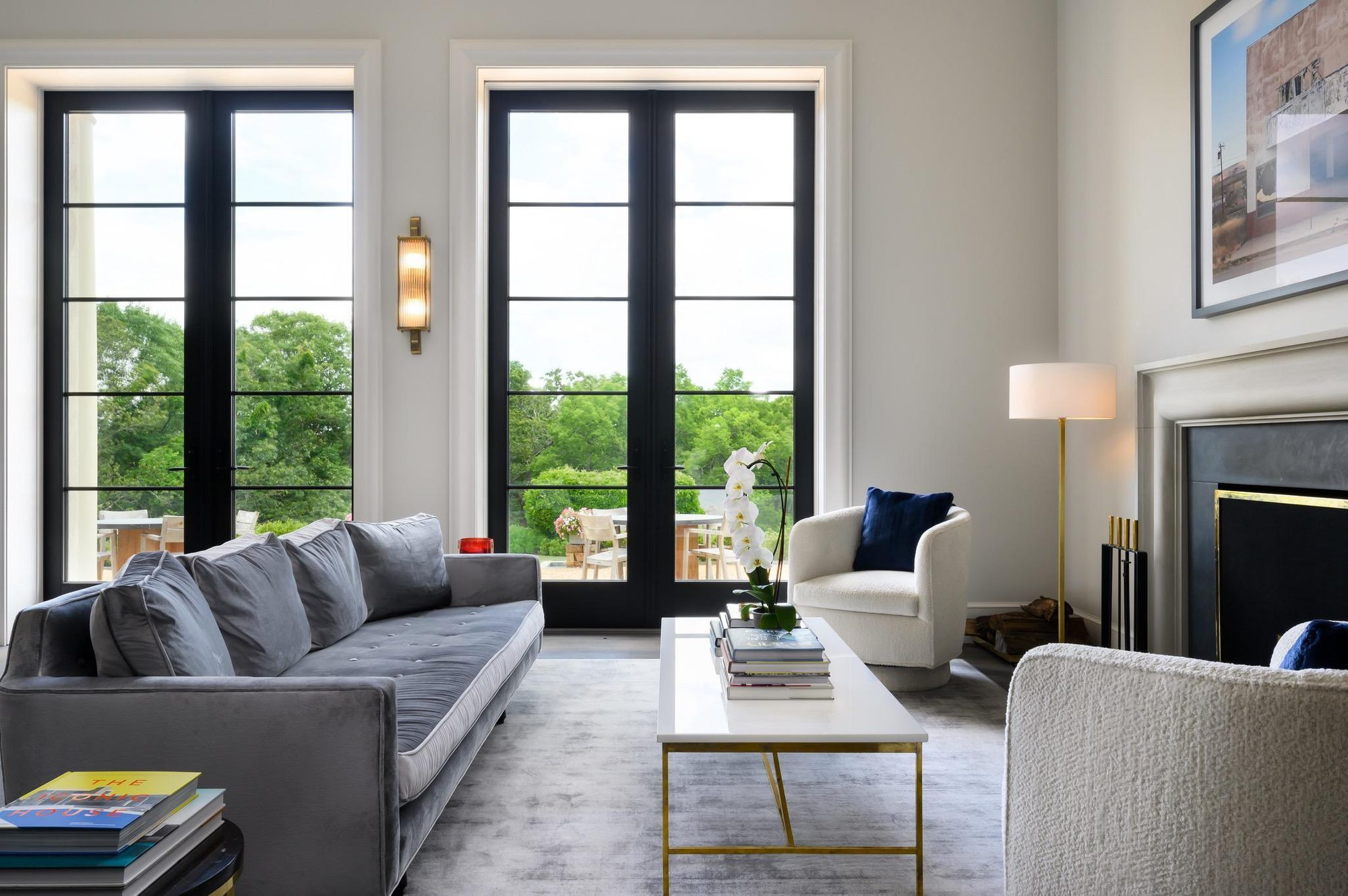 What Color Rug Goes With A Grey Couch Interior Design