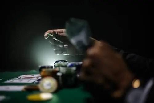 Devenez une star grâce aux jeux de poker en ligne