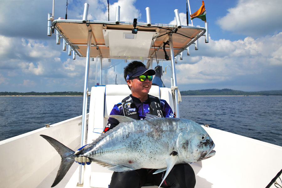 giant-trevally_popping_andaman_ns-blackhole-s83-boca-rod_daiwa-expedition-8000h-reel_jinil-2
