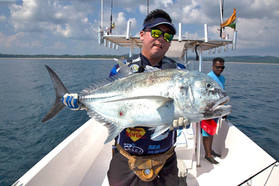 giant-trevally_popping_andaman_ns-blackhole-s83-boca-rod_daiwa-expedition-8000h-reel_jinil-7