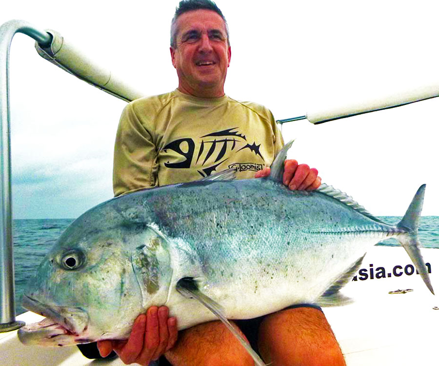 giant-trevally_popping_andaman_race-point-150-rod_shimano-saragosa-8000-reel_kokari-popper_simon
