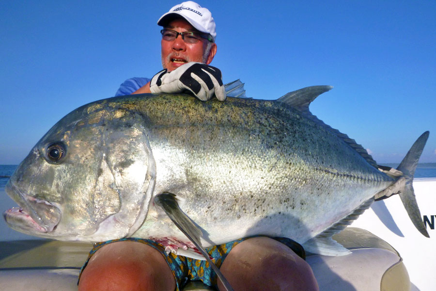 giant-trevally_popping_andaman_ripple-fisher-expedition-gtx-rod_daiwa-saltiga-6000-reel_awaumi-popper_tezuka