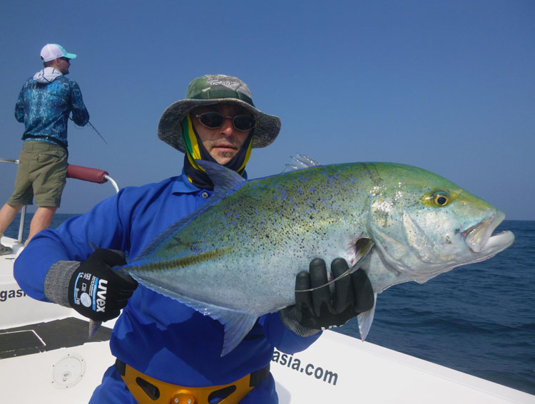 No23_Bluefin-Trevally_fishing_popping_andaman_Shimano-Stella_gamefishingasia_boat_big-fish_gtpopping_boat-charter_angler_Robert-Walter