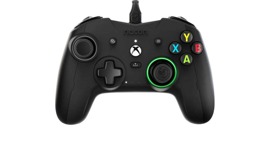 Nacon Revolution X wired Xbox controller