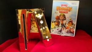 Wii de ouro da Rainha Elizabeth II está à venda por US$ 300 mil
