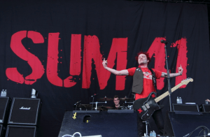Sum 41 – Fake My Own Death – New Music Highlight!