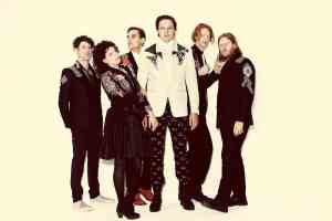Arcade Fire – Everything Now – New Music Highlight
