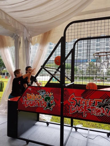 Basketball machine for event