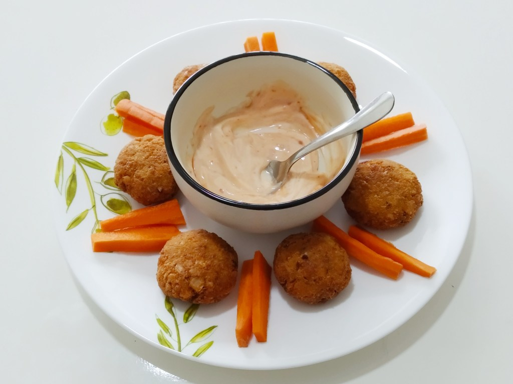High protein Falafel recipe can be accompanied with Hummus