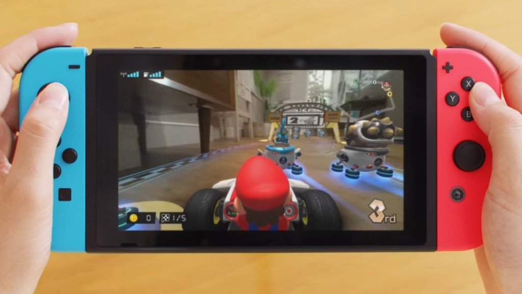 Video: New Trailer Gives In-Depth Look At Mario Kart Live: Home Circuit