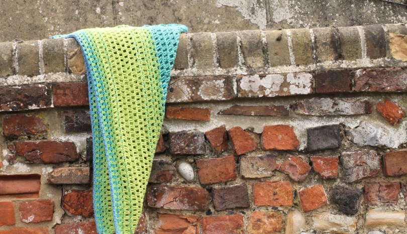 Ombre shawl crochet pattern for beginners