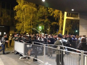 PGW: la foule attendant Call of Duty à minuit
