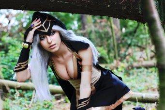 Ashe cosplay (1)