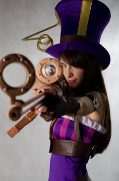 caitlyn__cosplay_league_of_legends__by_eiphen-d4zljhq