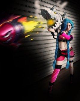 jinx_cosplay_by_screwy_soul-d7pgsab