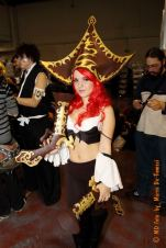 miss_fortune_cosplay_league_of_legends_by_mi_sancosplay-d5n7tba