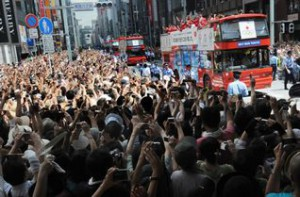 Japanese Olympic Medalists welcomed by 500,000 of Tokyo citizens in streets of Ginza in August (Photo: Tokyo 2020/Kaku Kurita/AFLO)