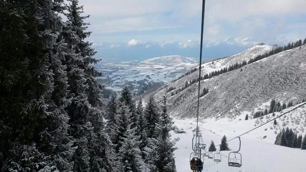 30 cm of fresh snow fell over mountain venues adjacent to Almaty on March 19, 2015 (Almaty 2022 Photo)