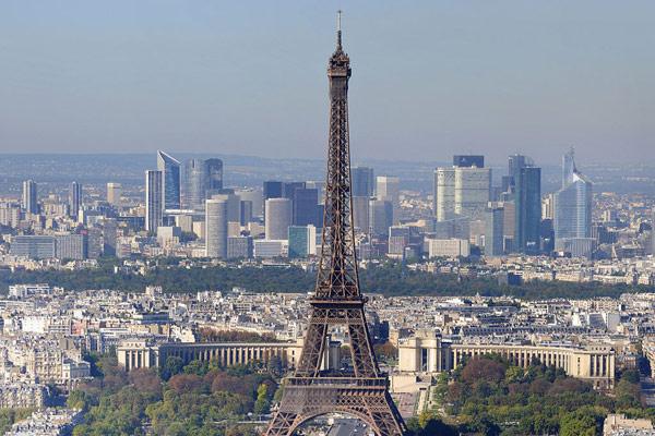 Eiffel Tower in Paris (Wiipedia Photo)