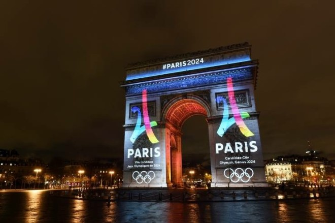 Paris 2024 Logo unveiled on Arc de Triomphe (Paris 2024 Photo)