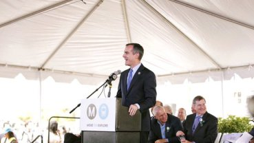 Los Angeles Mayor Garcetti To Lead 2024 Olympic Bid Team In Doha