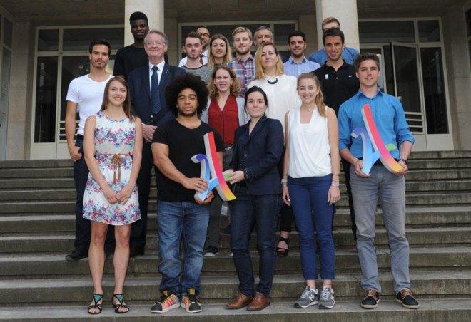 Members of Generation 2024 - a committee of the Paris 2024 Olympic Games bid (Paris 2024 photo)