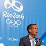 Los Angeles Mayor Eric Garcetti discusses LA 2024 Olympic bid in Rio (GamesBids Photo)
