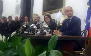 Rome Mayor Virginia Raggi (centre) removes support from Olympic bid at City Hall (Twitter Photo)