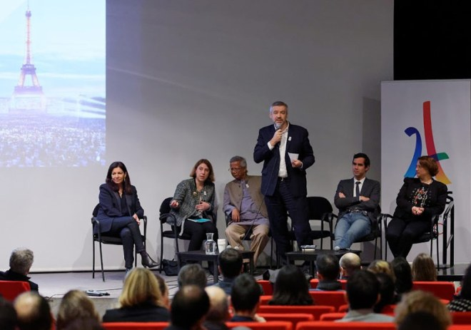 Paris 2024 Chief Executive Etienne Thobois addresses 100 leading social economy entrepreneurs and organisations at the event in Paris with Paris Mayor Anne Hidalgo and Professor Muhammad Yunus on panel (Paris 2024 Photo)