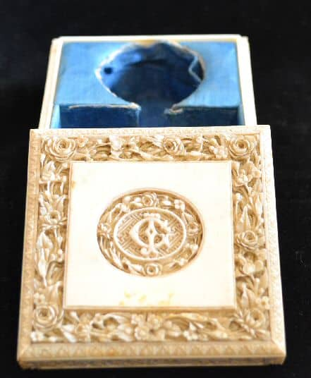 Ivory Counter Box