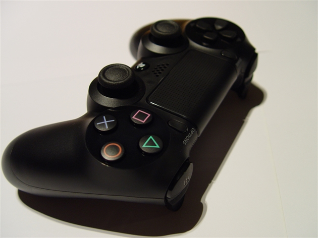playstation-4-photos-8