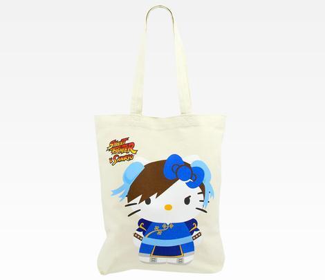 Hello Kitty trifft auf Street Fighter als Beutel. (Foto: Sanrio.com)