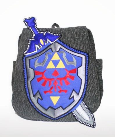 Zelda-Schild als Rucksack. (Foto: Etsy)
